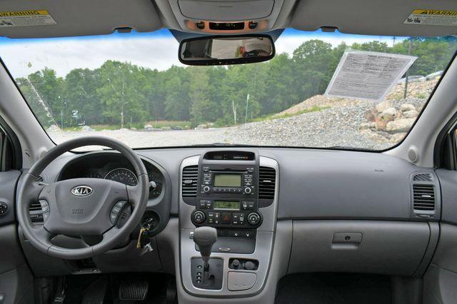 2009 Kia Sedona EX Naugatuck, Connecticut 18