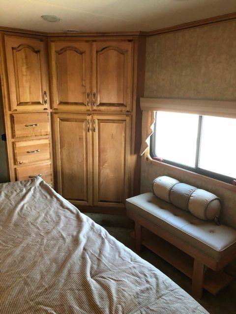 2009 Kz ESCALADE 36KS in Mandan, North Dakota 58554