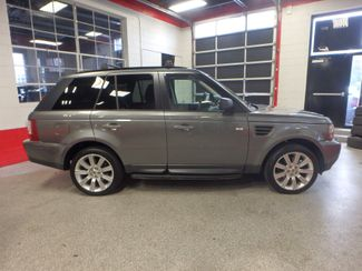2009 Land Rover Range Rover Sport HSE. TIGHT TRUCK, ROAD READY. Saint Louis Park, MN 1