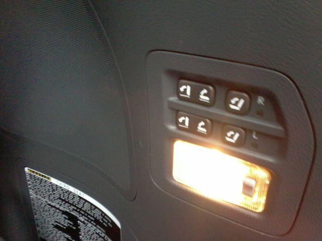 2009 Lexus LX 570 Boerne, Texas 14