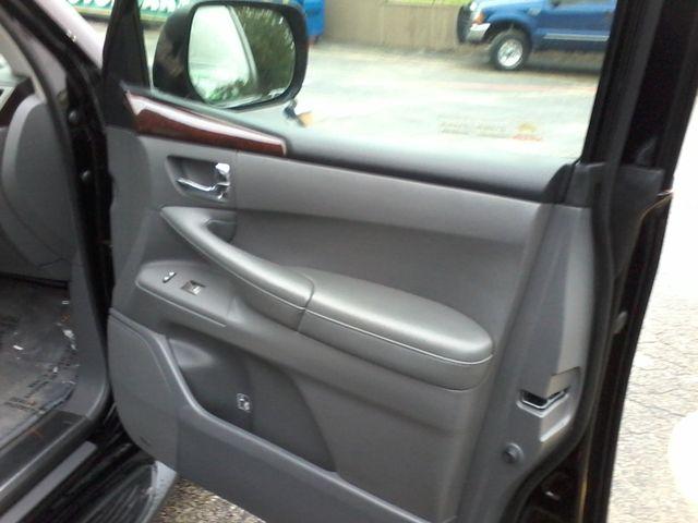 2009 Lexus LX 570 Boerne, Texas 18