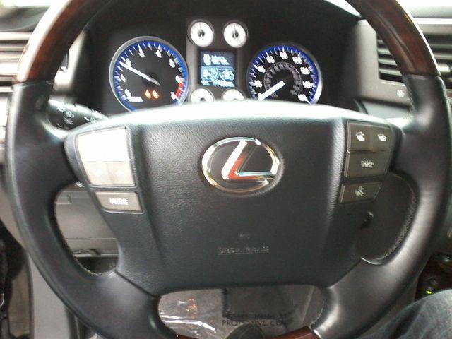 2009 Lexus LX 570 Boerne, Texas 19