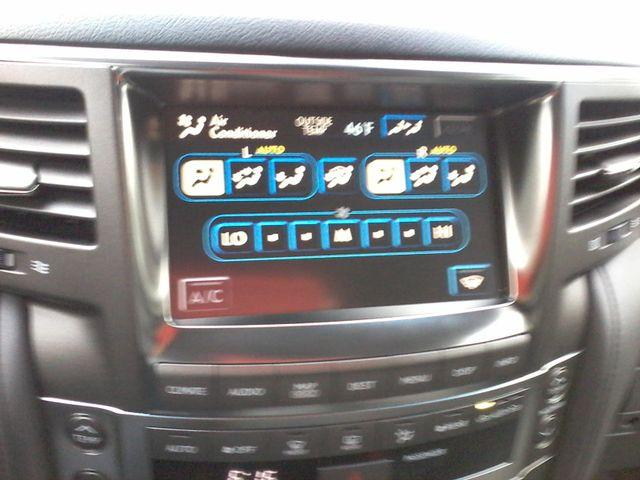 2009 Lexus LX 570 Boerne, Texas 23