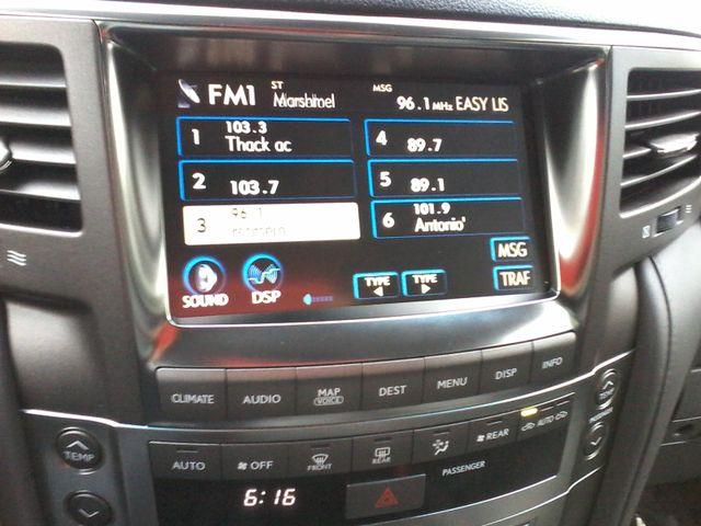 2009 Lexus LX 570 Boerne, Texas 25