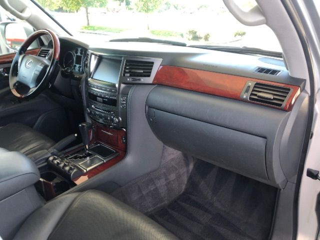 2009 Lexus LX 570 Sport Utility LINDON, UT 25