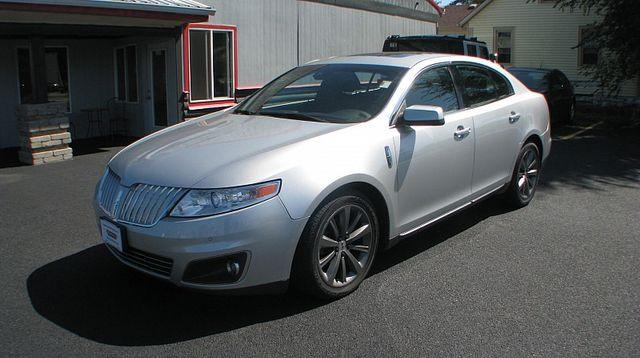 2009 Lincoln MKS 4d Sedan AWD
