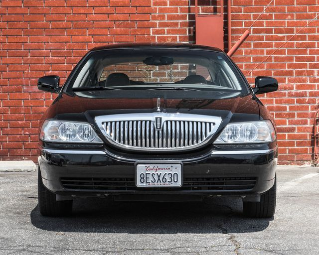 2009 Lincoln Town Car Signature Limited Burbank, CA 1
