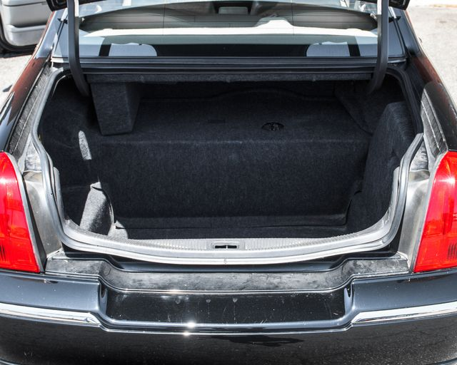 2009 Lincoln Town Car Signature Limited Burbank, CA 8