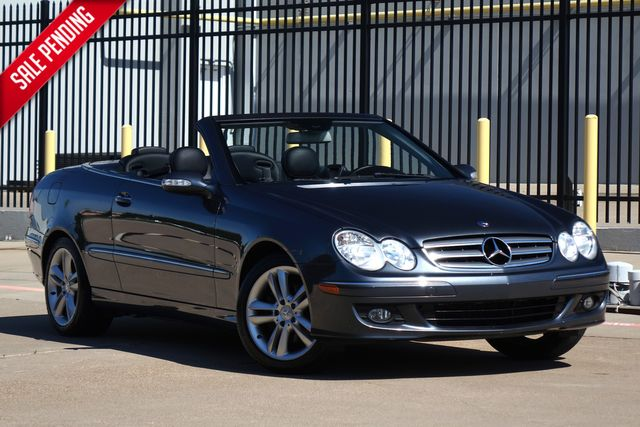 2009 Mercedes-Benz CLK350 3.5L* Only 61k Miles, l | Plano, TX | Carrick's Autos in Plano TX