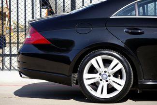 2009 Mercedes-Benz CLS550 Premium Pkg * Keyless * NAVI * A/C Seats * SUNROOF Plano, Texas 26