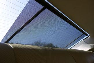 2009 Mercedes-Benz CLS550 Premium Pkg * Keyless * NAVI * A/C Seats * SUNROOF Plano, Texas 17