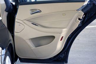 2009 Mercedes-Benz CLS550 Premium Pkg * Keyless * NAVI * A/C Seats * SUNROOF Plano, Texas 39