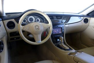 2009 Mercedes-Benz CLS550 Premium Pkg * Keyless * NAVI * A/C Seats * SUNROOF Plano, Texas 10