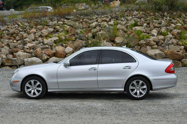 2009 Mercedes-Benz E350  Luxury 3.5L 4Matic Naugatuck, Connecticut 3