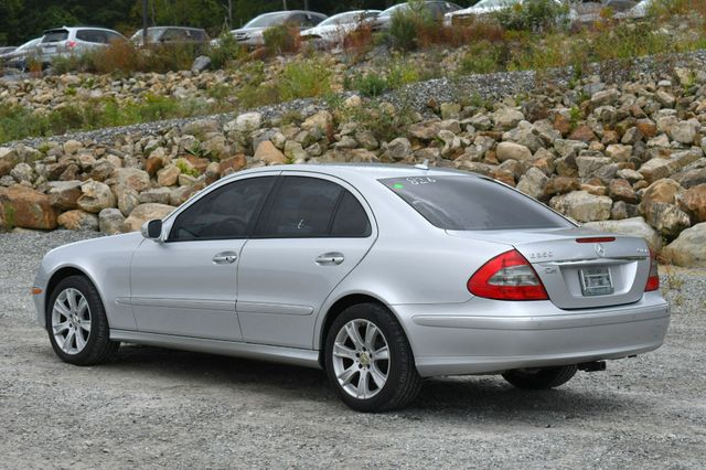 2009 Mercedes-Benz E350  Luxury 3.5L 4Matic Naugatuck, Connecticut 4