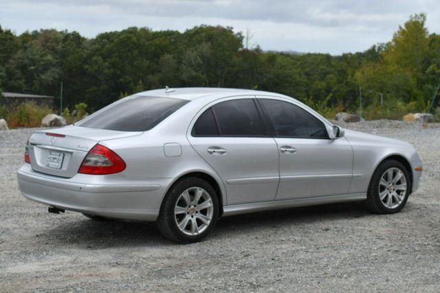 2009 Mercedes-Benz E350  Luxury 3.5L 4Matic Naugatuck, Connecticut 6