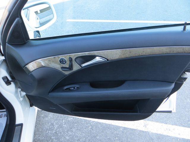 2009 Mercedes-Benz E350 Sport 3.5L Watertown, Massachusetts 16