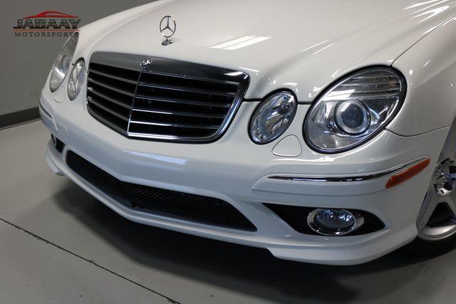 2009 Mercedes-Benz E550 Sport 5.5L Merrillville, Indiana 29