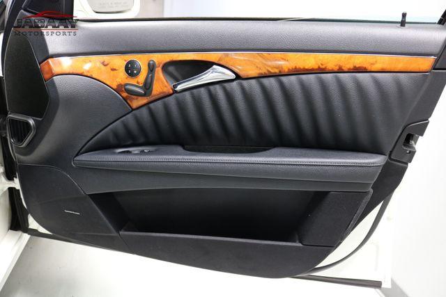 2009 Mercedes-Benz E550 Sport 5.5L Merrillville, Indiana 24