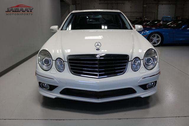 2009 Mercedes-Benz E550 Sport 5.5L Merrillville, Indiana 7