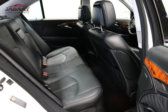 2009 Mercedes-Benz E550 Sport 5.5L Merrillville, Indiana 13