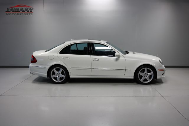 2009 Mercedes-Benz E550 Sport 5.5L Merrillville, Indiana 41