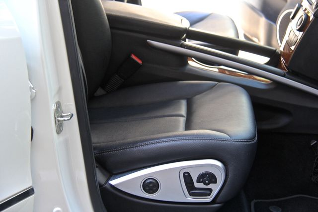 2009 Mercedes-Benz GL320 3.0L BlueTEC Reseda, CA 33