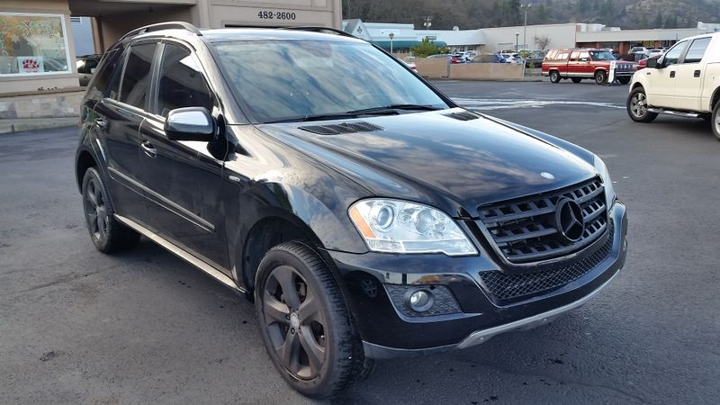 2009 Mercedes-Benz ML320 3.0L BlueTEC | Ashland, OR | Ashland Motor Company in Ashland OR