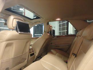 2009 Mercedes Ml320 Bluetec DIESEL. DVD, 4-MATIC. AWESOME SUV! Saint Louis Park, MN 7