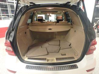2009 Mercedes Ml320 Bluetec DIESEL. DVD, 4-MATIC. AWESOME SUV! Saint Louis Park, MN 16