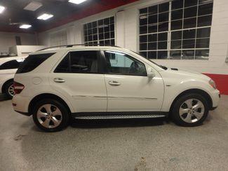 2009 Mercedes Ml320 Bluetec DIESEL. DVD, 4-MATIC. AWESOME SUV! Saint Louis Park, MN 9