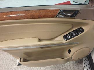 2009 Mercedes Ml320 Bluetec DIESEL. DVD, 4-MATIC. AWESOME SUV! Saint Louis Park, MN 4