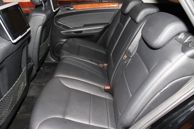 2009 Mercedes-Benz ML350 35L  city Illinois  Ardmore Auto Sales  in West Chicago, Illinois