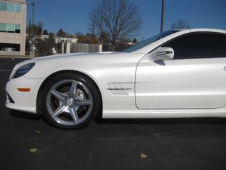 2009 Sold Mercedes-Benz SL550 V8 Conshohocken, Pennsylvania 16
