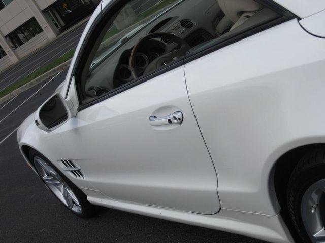 2009 Mercedes-Benz SL550 V8 Conshohocken, Pennsylvania 16