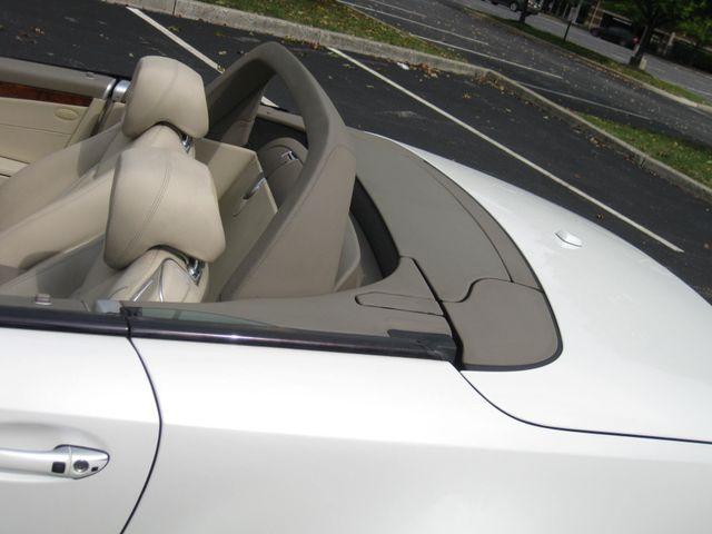 2009 Mercedes-Benz SL550 V8 Conshohocken, Pennsylvania 21