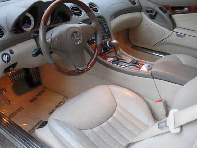 2009 Mercedes-Benz SL550 V8 Conshohocken, Pennsylvania 32