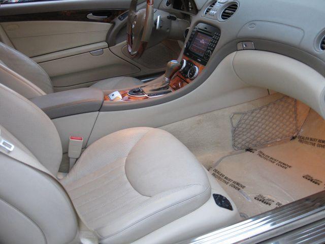 2009 Mercedes-Benz SL550 V8 Conshohocken, Pennsylvania 36