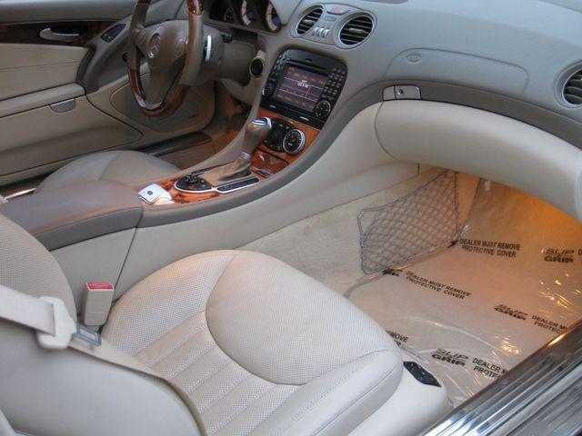 2009 Mercedes-Benz SL550 V8 Conshohocken, Pennsylvania 37