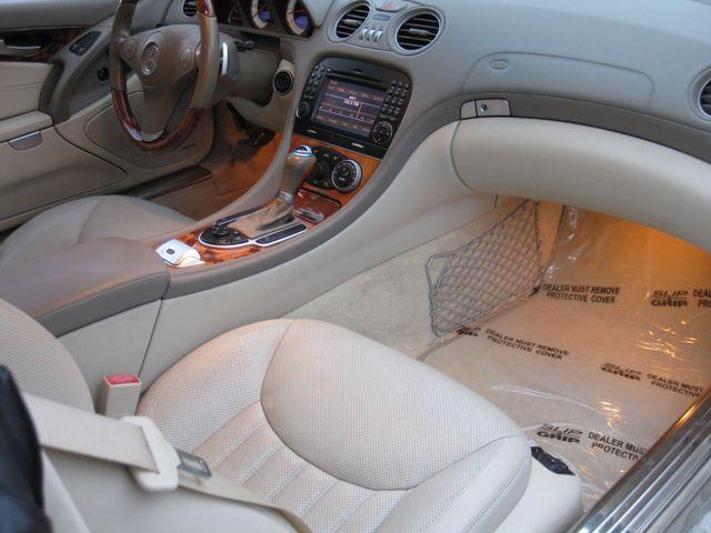 2009 Mercedes-Benz SL550 V8 Conshohocken, Pennsylvania 38