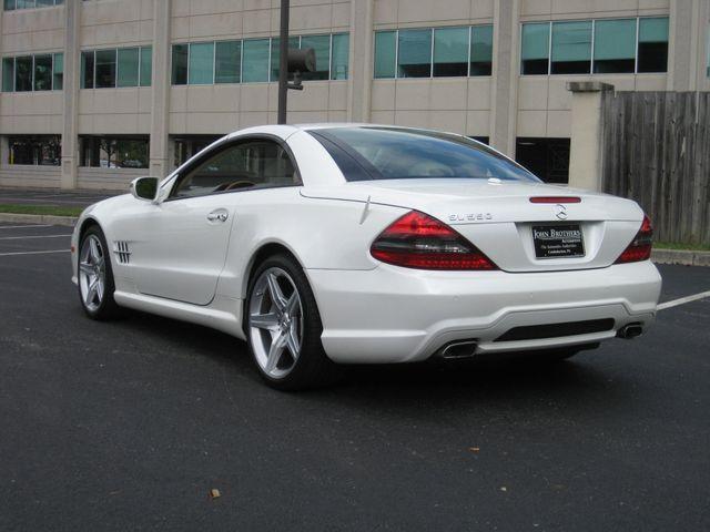 2009 Mercedes-Benz SL550 V8 Conshohocken, Pennsylvania 4