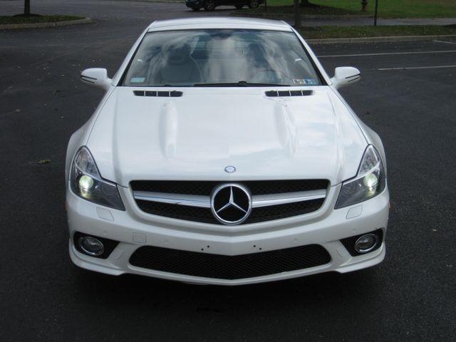 2009 Mercedes-Benz SL550 V8 Conshohocken, Pennsylvania 6