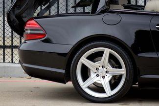 2009 Mercedes-Benz SL550 55k Miles * A/C SEATS * Keyless * SPORT * P1 * AMG Plano, Texas 26