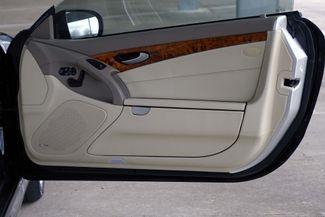2009 Mercedes-Benz SL550 55k Miles * A/C SEATS * Keyless * SPORT * P1 * AMG Plano, Texas 35