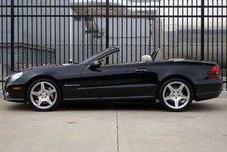 2009 Mercedes-Benz SL550 55k Miles * A/C SEATS * Keyless * SPORT * P1 * AMG Plano, Texas 3