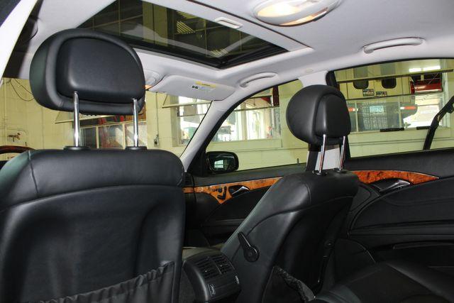 2009 Mercedes E350 4-Matic  Luxury 3.5L Saint Louis Park, MN 9