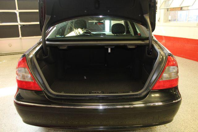 2009 Mercedes E350 4-Matic  Luxury 3.5L Saint Louis Park, MN 12