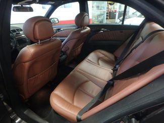 2009 Mercedes E350 4matic RARE COLOR(S), FULLY SERVICED. NICE BENZ! Saint Louis Park, MN 3