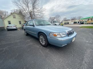 2009 Mercury Grand Marquis LS in Coal Valley, IL 61240