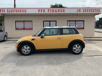 2009 Mini Hardtop Base in Devine, Texas 78016